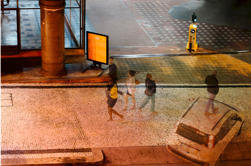 Série «Instants» Survol 12 Aout, 2014, 3 tirages argentiques transparents, caisson bois retro-éclairé, 30 x 40 x 10 cm, ©Isabelle Millet