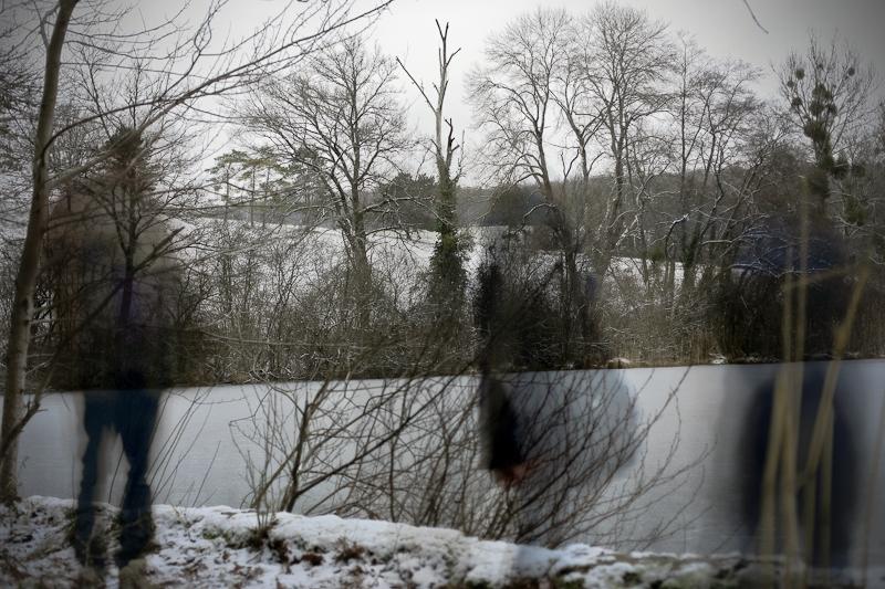 Série «Instants» Distance 4 Janvier, 2015, 3 tirages argentiques transparents, caisson bois retro-éclairé, 30 x 40 x 10 cm, ©Isabelle Millet